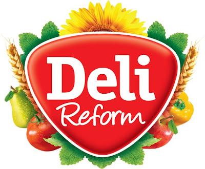"""样是往里面再加东西,同时红色的倒三角形状也进行了微调,""""Reform"""